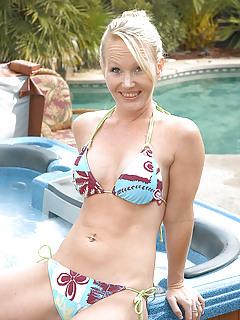 Moms Pool Pics
